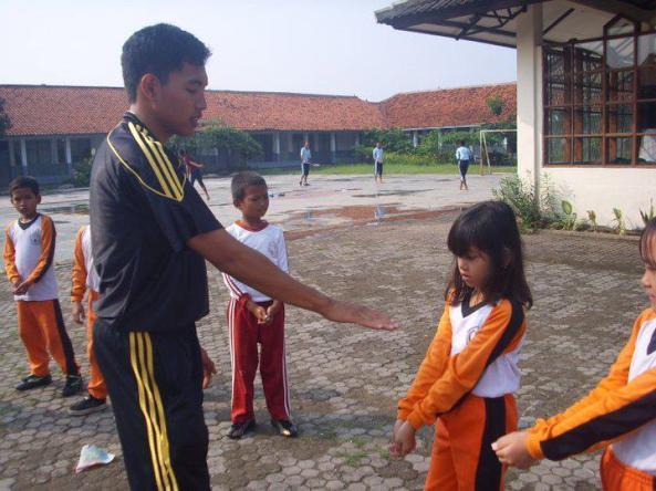 guru olahraga